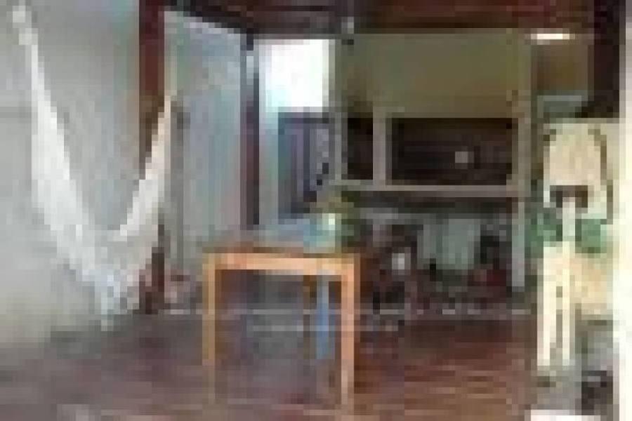 Pilar,Buenos Aires,Argentina,4 Habitaciones Habitaciones,2 BañosBaños,Casas,Las Amapolas,2711