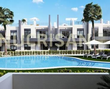 Pilar de la Horadada,Alicante,España,3 Bedrooms Bedrooms,2 BathroomsBathrooms,Bungalow,21690