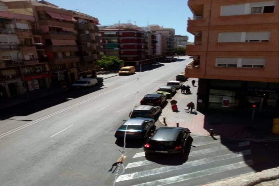 Alicante,Alicante,España,8 Bedrooms Bedrooms,4 BathroomsBathrooms,Edificio,21756