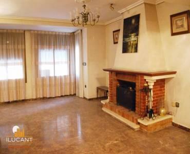 Alicante,Alicante,España,3 Bedrooms Bedrooms,2 BathroomsBathrooms,Planta baja,21788