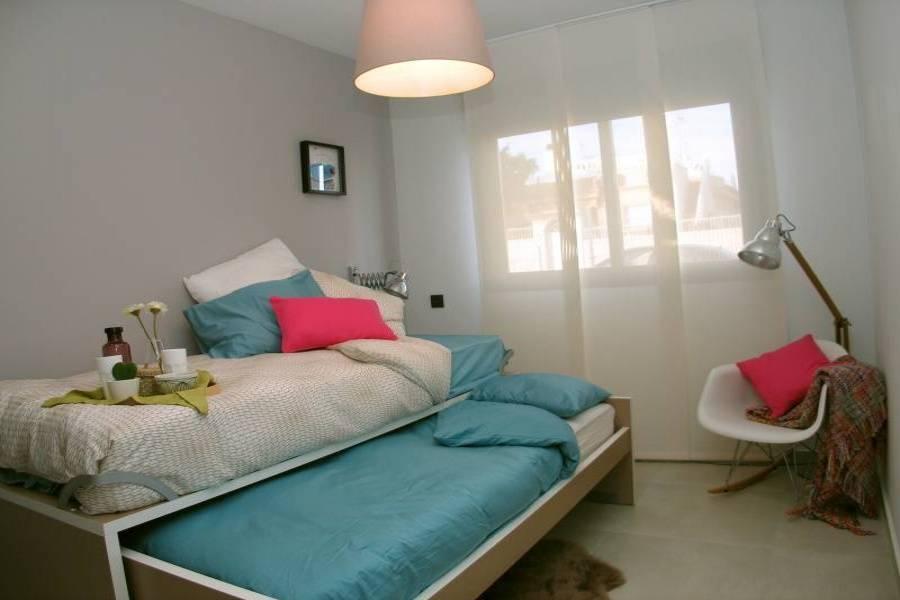 Guardamar del Segura,Alicante,España,2 Bedrooms Bedrooms,2 BathroomsBathrooms,Apartamentos,22299