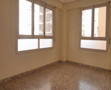 Elche,Alicante,España,3 Bedrooms Bedrooms,2 BathroomsBathrooms,Entresuelo,24418