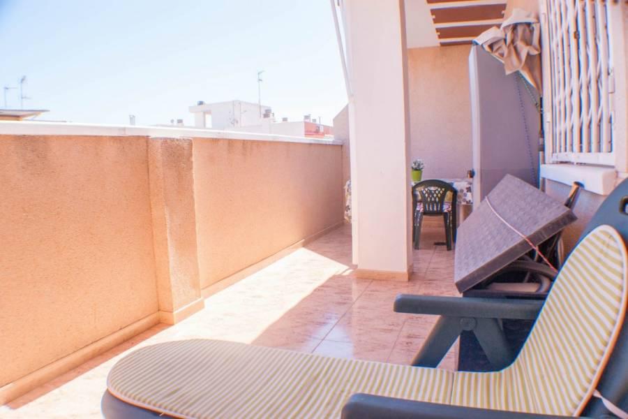 Torrevieja,Alicante,España,2 Bedrooms Bedrooms,1 BañoBathrooms,Atico,24615