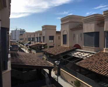 Elche,Alicante,España,4 Bedrooms Bedrooms,3 BathroomsBathrooms,Adosada,24796