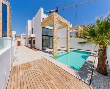 Torrevieja,Alicante,España,4 Bedrooms Bedrooms,4 BathroomsBathrooms,Casas,25213