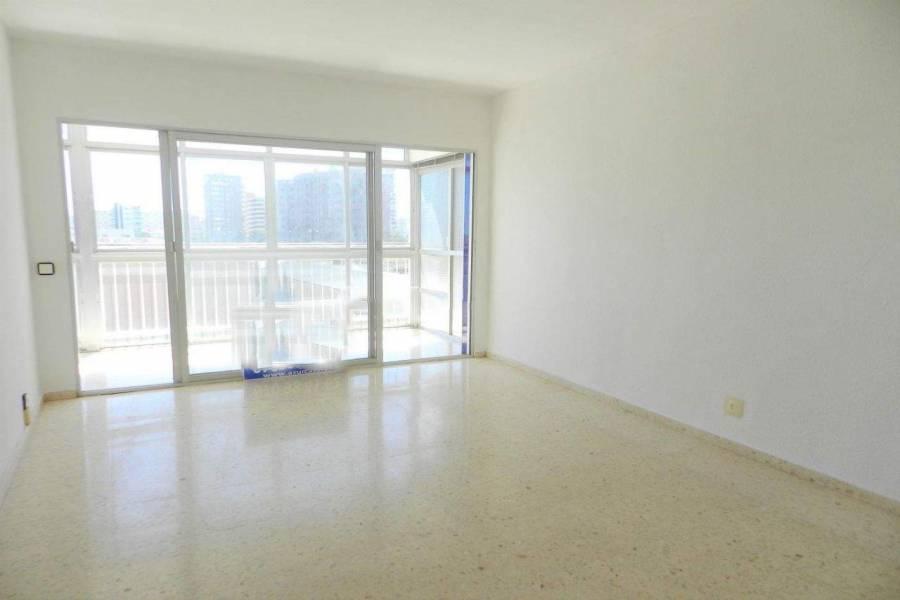Alicante,Alicante,España,2 Bedrooms Bedrooms,1 BañoBathrooms,Apartamentos,26740