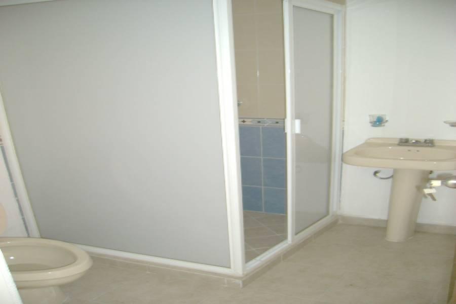 IMPERDIBLE! VER INFO...,3 Bedrooms Bedrooms,1 BañoBathrooms,Apartamentos,Castilla,3555