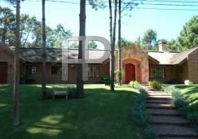 Punta del Este,Maldonado,Uruguay,3 Bedrooms Bedrooms,3 BathroomsBathrooms,Casas,3575