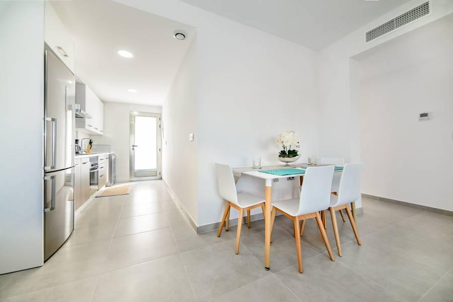 Pilar de la Horadada,Alicante,España,3 Bedrooms Bedrooms,2 BathroomsBathrooms,Apartamentos,28919