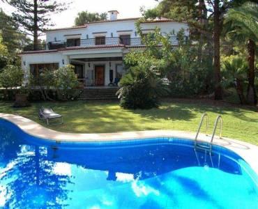 Dénia,Alicante,España,4 Bedrooms Bedrooms,4 BathroomsBathrooms,Chalets,29355