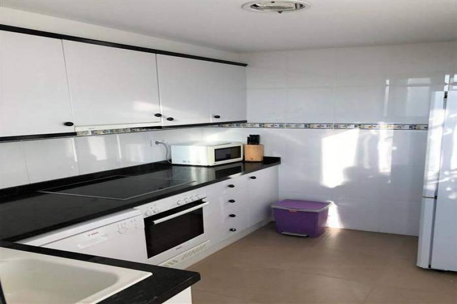 Dénia,Alicante,España,3 Bedrooms Bedrooms,2 BathroomsBathrooms,Apartamentos,29742