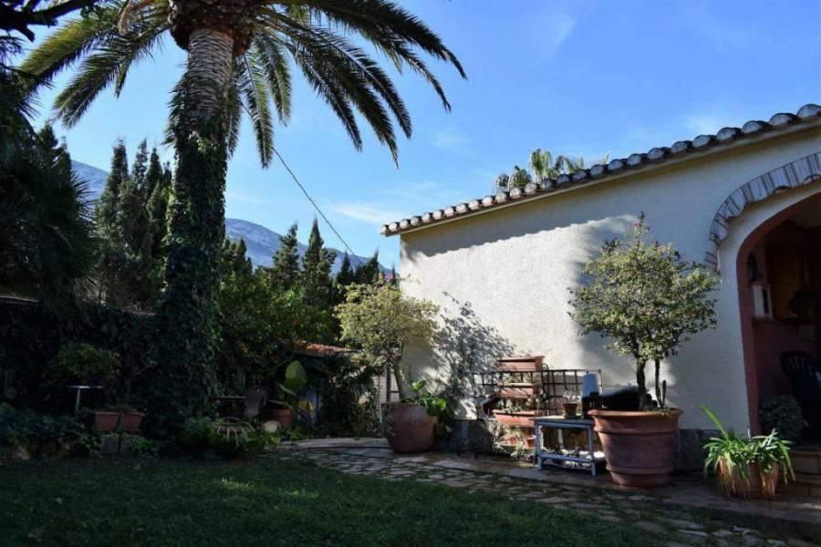 Dénia,Alicante,España,7 Bedrooms Bedrooms,5 BathroomsBathrooms,Chalets,29762