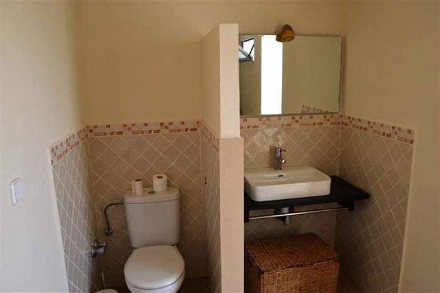 Dénia,Alicante,España,4 Bedrooms Bedrooms,4 BathroomsBathrooms,Chalets,30019