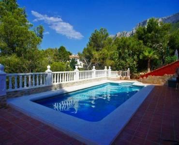 Dénia,Alicante,España,4 Bedrooms Bedrooms,3 BathroomsBathrooms,Chalets,30087