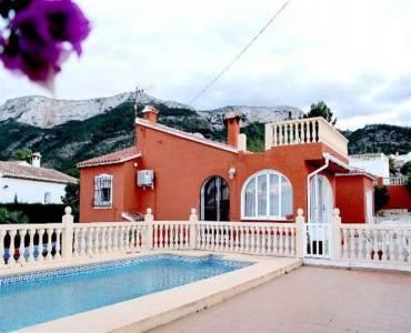 Dénia,Alicante,España,2 Bedrooms Bedrooms,3 BathroomsBathrooms,Chalets,30522