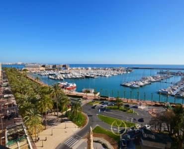 Alicante,Alicante,España,4 Bedrooms Bedrooms,2 BathroomsBathrooms,Atico,31223