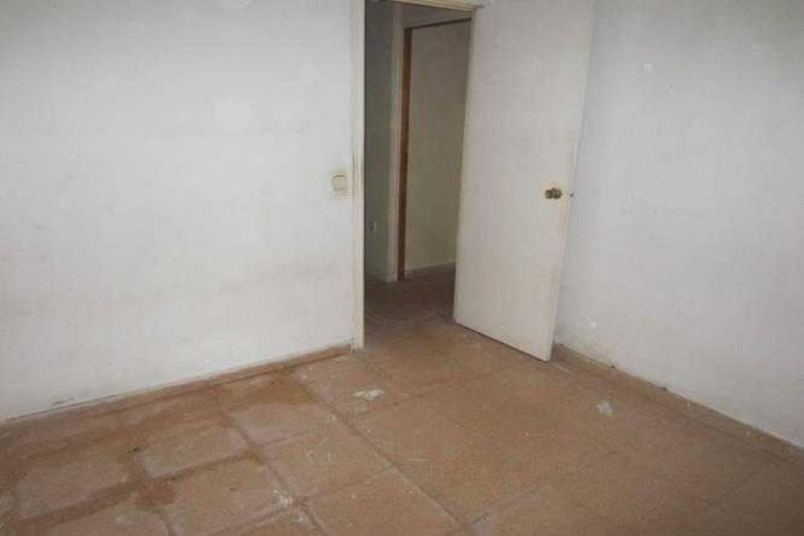 Alicante,Alicante,España,3 Bedrooms Bedrooms,2 BathroomsBathrooms,Adosada,31861