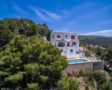 Moraira,Alicante,España,4 Bedrooms Bedrooms,3 BathroomsBathrooms,Chalets,32020