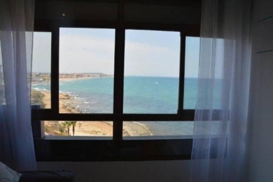 Torrevieja,Alicante,España,1 Dormitorio Bedrooms,1 BañoBathrooms,Atico,39161