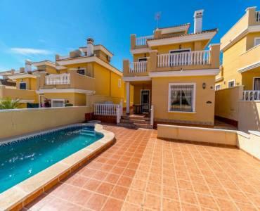 Orihuela,Alicante,España,3 Bedrooms Bedrooms,2 BathroomsBathrooms,Adosada,39881