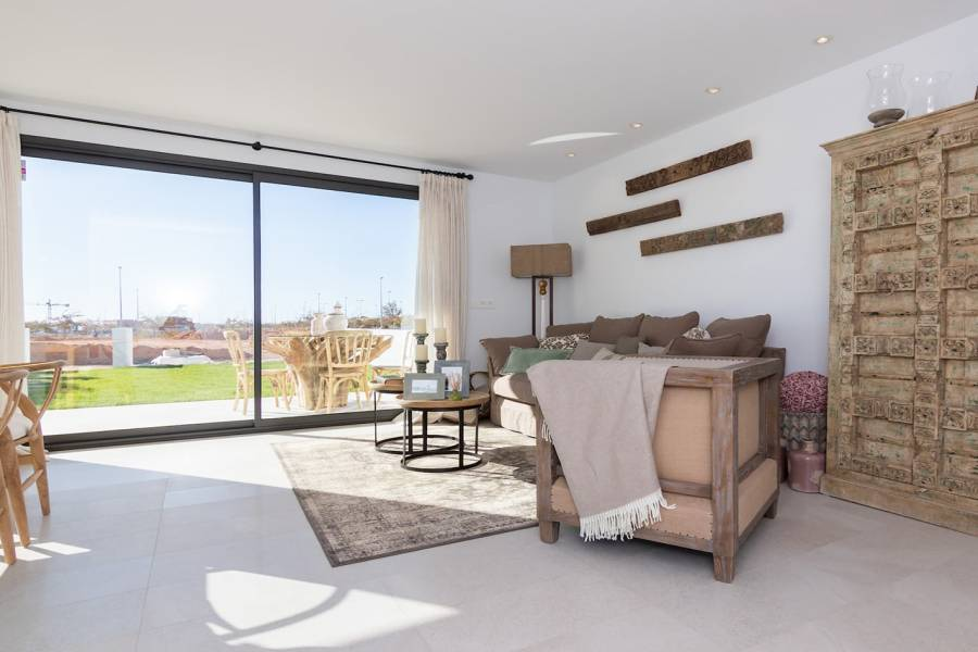 Pilar de la Horadada,Alicante,España,3 Bedrooms Bedrooms,2 BathroomsBathrooms,Apartamentos,40124