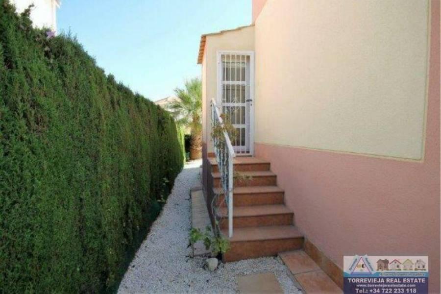 Torrevieja,Alicante,España,3 Bedrooms Bedrooms,2 BathroomsBathrooms,Chalets,40200