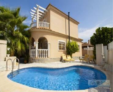Ciudad Quesada,Alicante,España,4 Bedrooms Bedrooms,2 BathroomsBathrooms,Chalets,40251