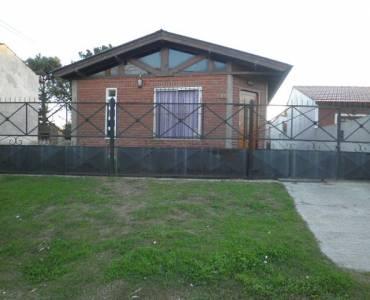 Las Toninas,Buenos Aires,Argentina,2 Bedrooms Bedrooms,1 BañoBathrooms,Casas,COSTA CHICA 7,40531
