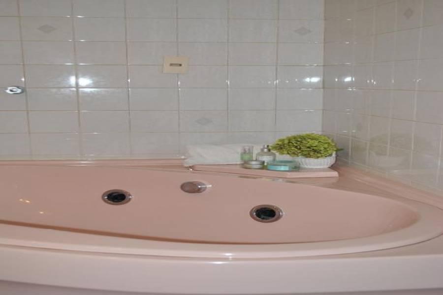 Punta del Este, Maldonado, Uruguay, 3 Bedrooms Bedrooms, ,3 BathroomsBathrooms,Casas,Temporario,Pinares,41630