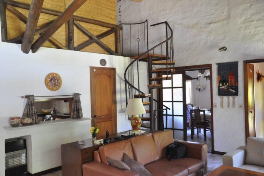 Punta del Este, Maldonado, Uruguay, 4 Bedrooms Bedrooms, ,3 BathroomsBathrooms,Casas,Temporario,41694