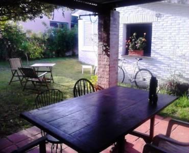 Punta del Este, Maldonado, Uruguay, 4 Bedrooms Bedrooms, ,3 BathroomsBathrooms,Casas,Venta,42109