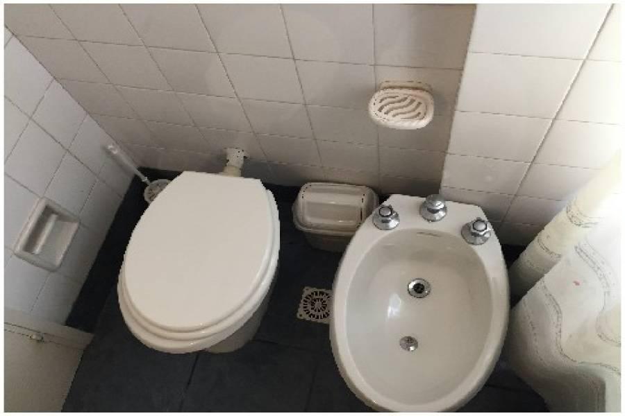 Punta del Este, Maldonado, Uruguay, 2 Bedrooms Bedrooms, ,2 BathroomsBathrooms,Apartamentos,Venta,42137