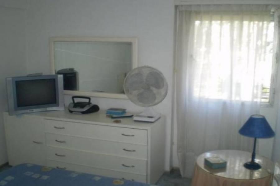 Punta del Este, Maldonado, Uruguay, 1 Dormitorio Bedrooms, ,1 BañoBathrooms,Apartamentos,Venta,42197