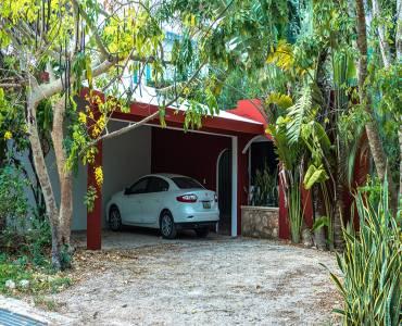 Merida, Yucatán, Mexico, 4 Habitaciones Habitaciones, ,3 BathroomsBathrooms,Casas,Venta,42281