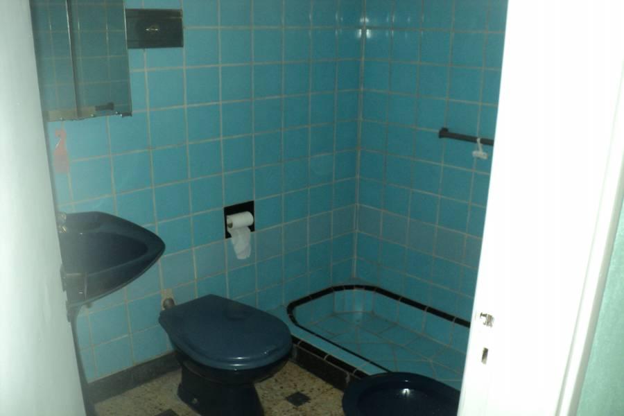 Villa Lugano,Capital Federal,Argentina,2 Bedrooms Bedrooms,2 BathroomsBathrooms,Casas,Cosquín ,1384