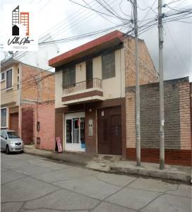 Cuenca, AZUAY, Ecuador, 6 Habitaciones Habitaciones, ,4 BathroomsBathrooms,Casas,Venta,Pio Bravo,2,42886