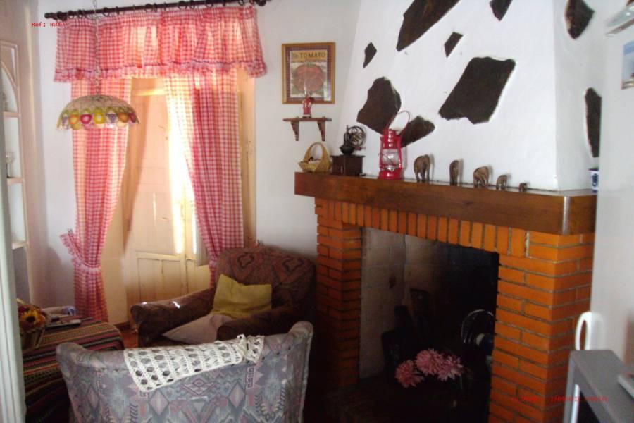 Salar,Granada,España,4 Bedrooms Bedrooms,2 BathroomsBathrooms,Pisos,4989