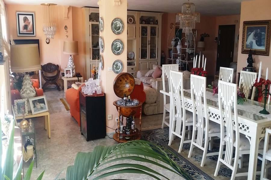 Torremolinos,Málaga,España,5 Bedrooms Bedrooms,4 BathroomsBathrooms,Apartamentos,5053