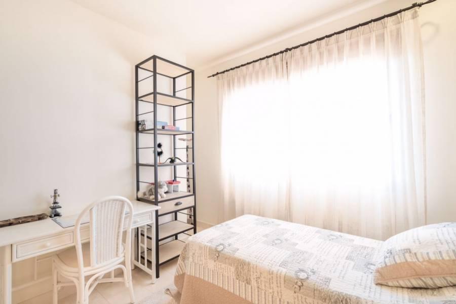 Mijas Costa,Málaga,España,4 Bedrooms Bedrooms,3 BathroomsBathrooms,Chalets,5112