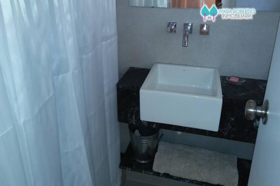 Costa Esmeralda,Buenos Aires,Argentina,4 Bedrooms Bedrooms,4 BathroomsBathrooms,Casas,GOLF 2 LOTE 541,5538