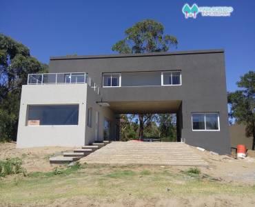 Costa Esmeralda,Buenos Aires,Argentina,4 Bedrooms Bedrooms,3 BathroomsBathrooms,Casas,GOLF 2 LOTE 631,5542