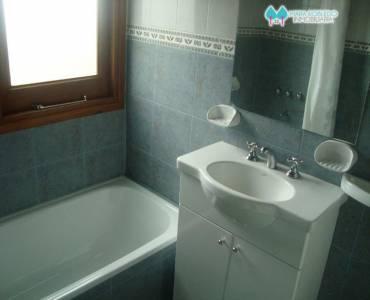Valeria del Mar,Buenos Aires,Argentina,3 Bedrooms Bedrooms,1 BañoBathrooms,Apartamentos,AV. ESPORA ,5952