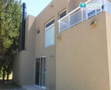 Costa Esmeralda,Buenos Aires,Argentina,5 Bedrooms Bedrooms,6 BathroomsBathrooms,Casas,RESIDENCIAL 1 LOTE 232,6035