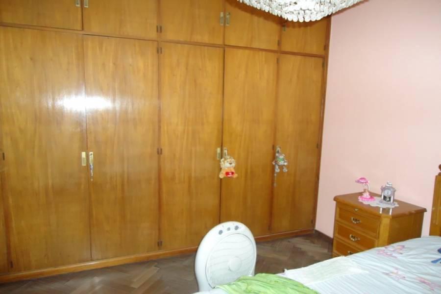 Flores,Capital Federal,Argentina,2 Bedrooms Bedrooms,1 BañoBathrooms,Casas,SAN PEDRITO,6223