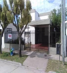 Villa Ramallo,Buenos Aires,Argentina,2 Bedrooms Bedrooms,2 BathroomsBathrooms,Casas,Sarmieto,6463