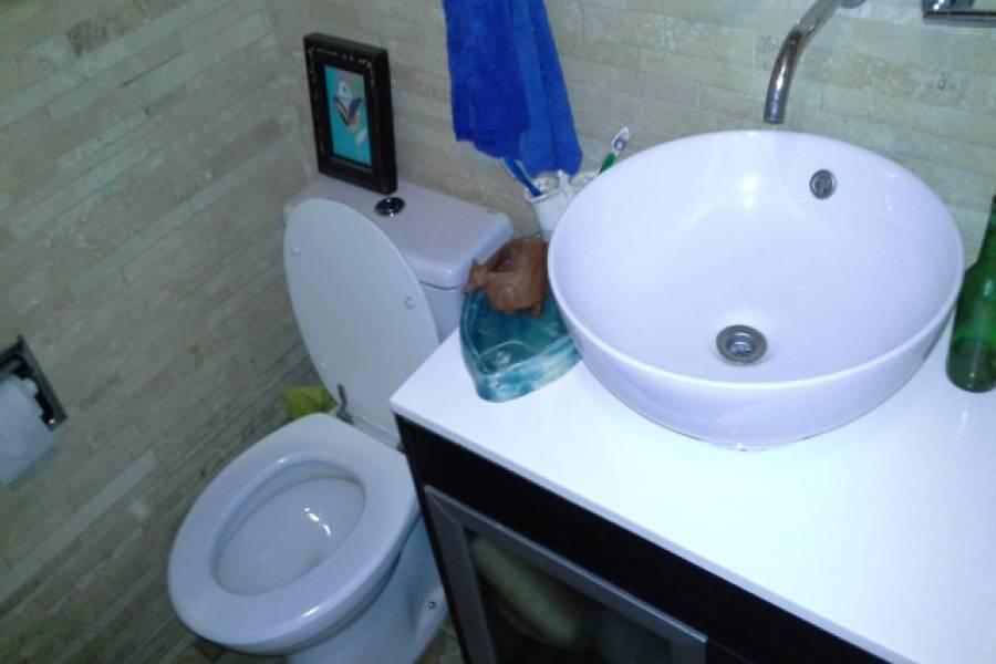 Capital Federal,Argentina,2 Bedrooms Bedrooms,1 BañoBathrooms,PH Tipo Casa,WARNES ,6467