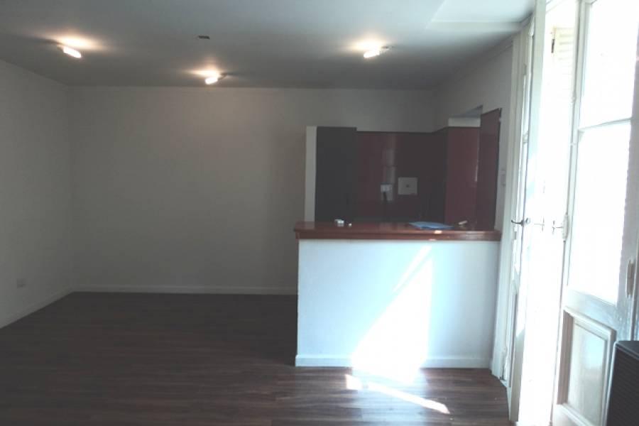 San Telmo,Capital Federal,Argentina,2 Bedrooms Bedrooms,1 BañoBathrooms,PH Tipo Casa,HUMBERTO PRIMO,6549