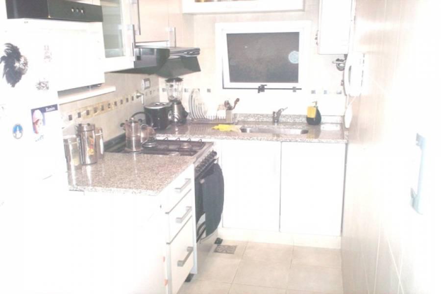 Recoleta,Capital Federal,Argentina,2 Bedrooms Bedrooms,1 BañoBathrooms,Apartamentos,SANTA FE,6635