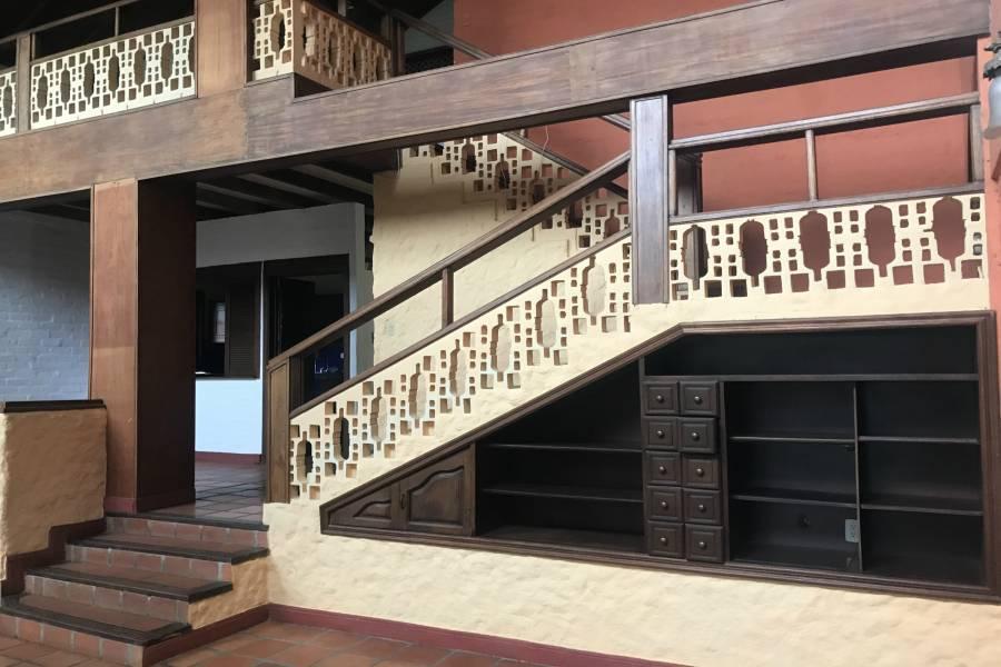 subida al segundo piso