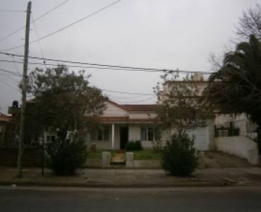 Santa Teresita,Buenos Aires,Argentina,4 Bedrooms Bedrooms,2 BathroomsBathrooms,Casas,40,8115
